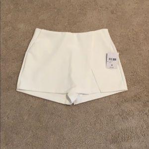 Medium Forever 21 Envelope skirt